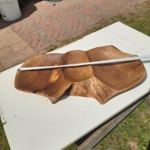 misa drewniana z orzecha włoskiego